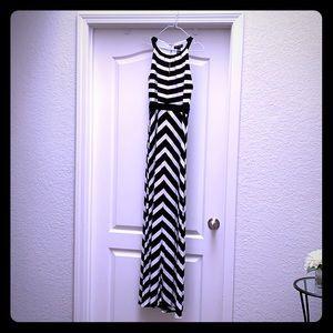 Black & White Maxi Dress!